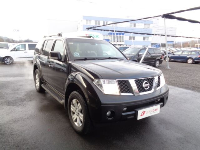 nissan pathfinder 2 5 dci se 4x4 7 sitze exp 8250. Black Bedroom Furniture Sets. Home Design Ideas