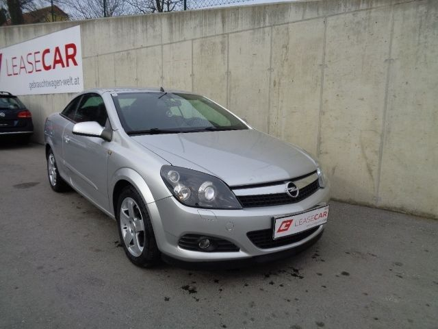 opel astra twin top cosmo exp € 5250.-